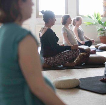 Yoga Prénatal - Sophie Dumoutet - Yoga Paris 14