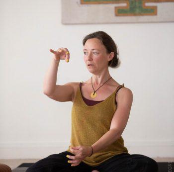 sophie yoga hypnose ligne droite